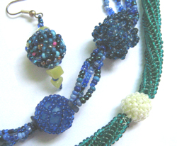 Beaded Beads - Geperlte Perlen